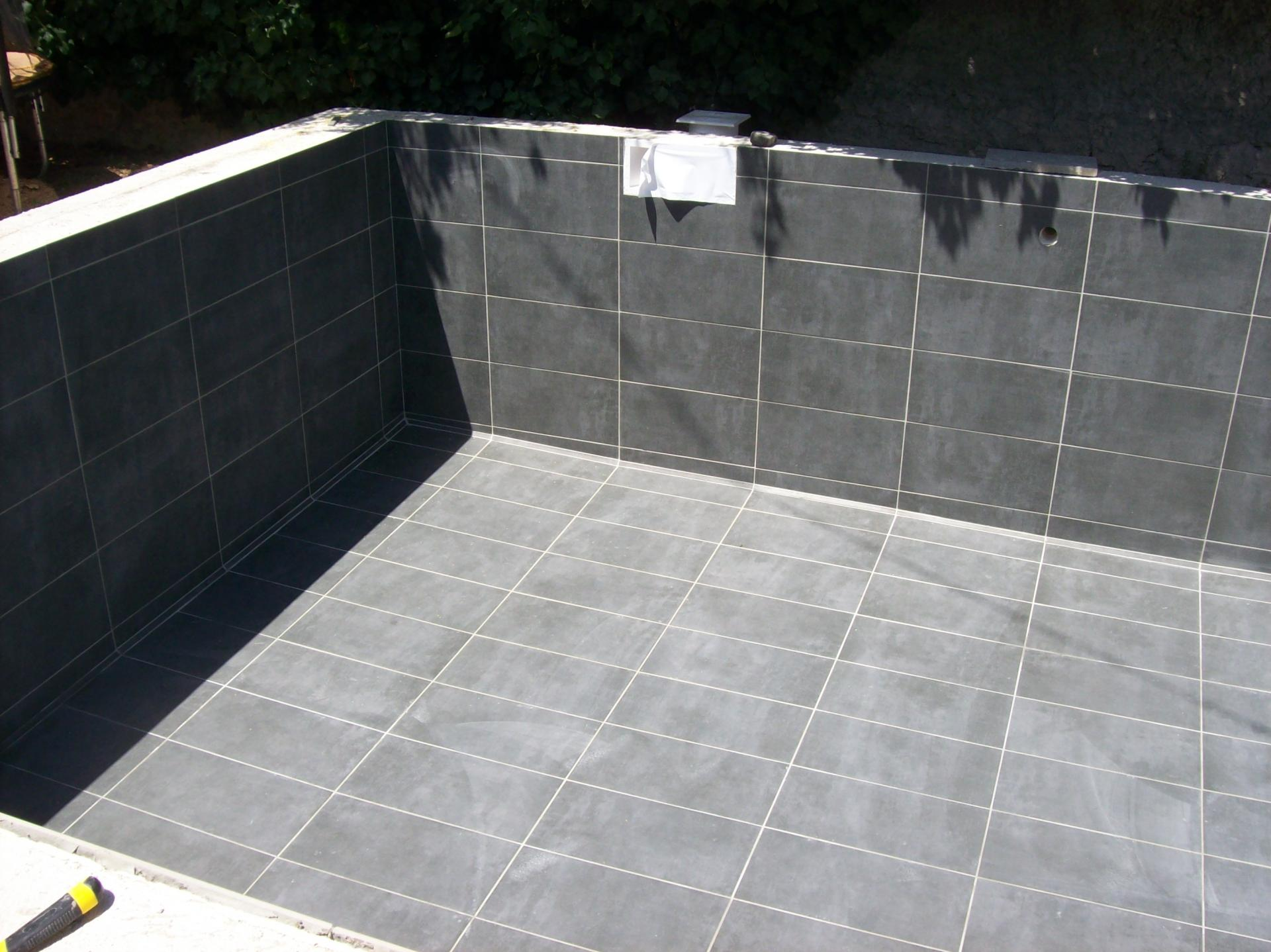 Carrelage de piscine marseille for Carrelage 30x60